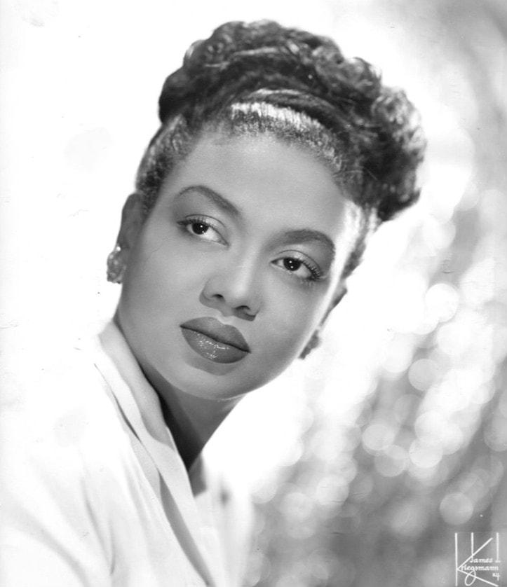 Pianist and entertainer, Hazel Scott